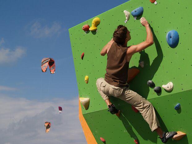 KL-BAZ-Boulderen-an-Zee-boulderaar-kites-2006 (jpg)