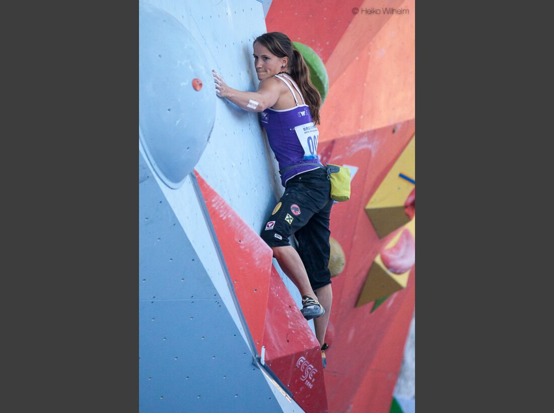 KL-Boulder-Weltcup-China-2013-HW-130323-boulder-worldcup-chongqing-9211 (jpg)