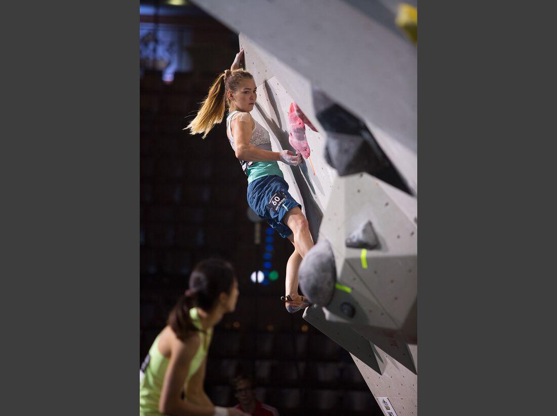KL-Boulder-Wettkampf-adidas-Rockstars-2014-CWaldegger_aR14_Quali_0040 (jpg)