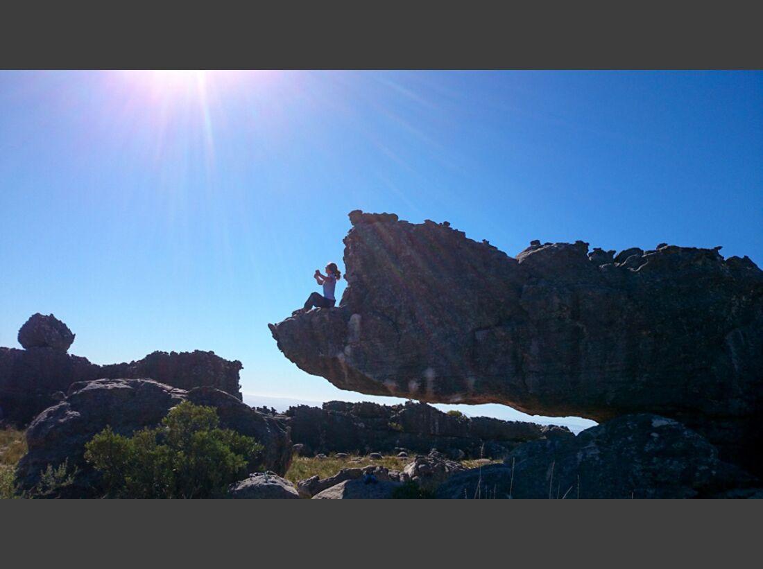 KL-Bouldern-Rocklands-Suedafrika-James-Pearson-Caroline-Ciavaldini-The-Rhino-7B (jpg)