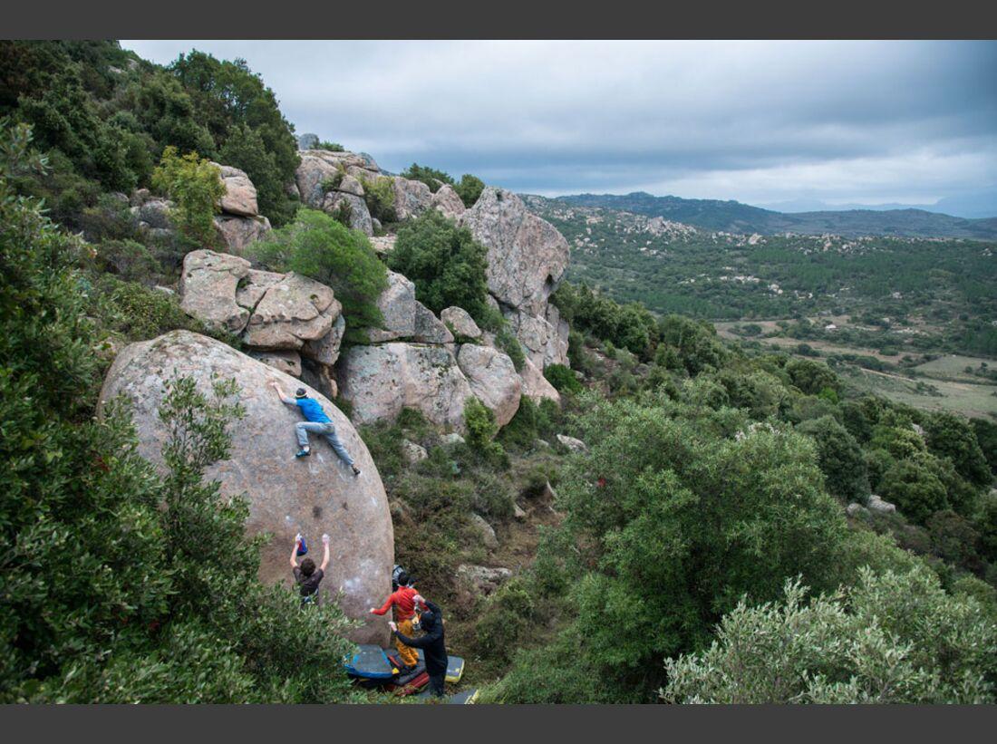 KL-La-Sportiva-Bouldern-Sardinien-Nalle-Felderer-_DSC8086 (jpg)