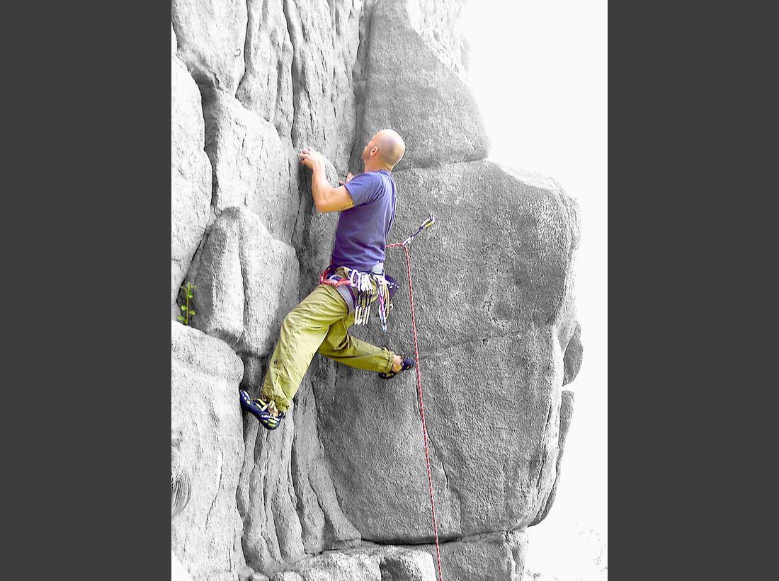 KL-Petzl-Foto-Contest-klettern-1625e2613369df32b2d474760b11fc1d_Phil-Tarantula-am-Windeckfelsen-001-am-01.06.2014 (jpg)