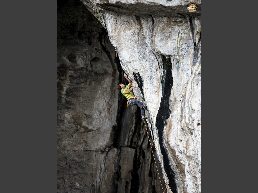 KL-Petzl-Roctrip-2014-Chris-Sharma-Petzl-Roctrip-c-La-Fouche- (jpg)