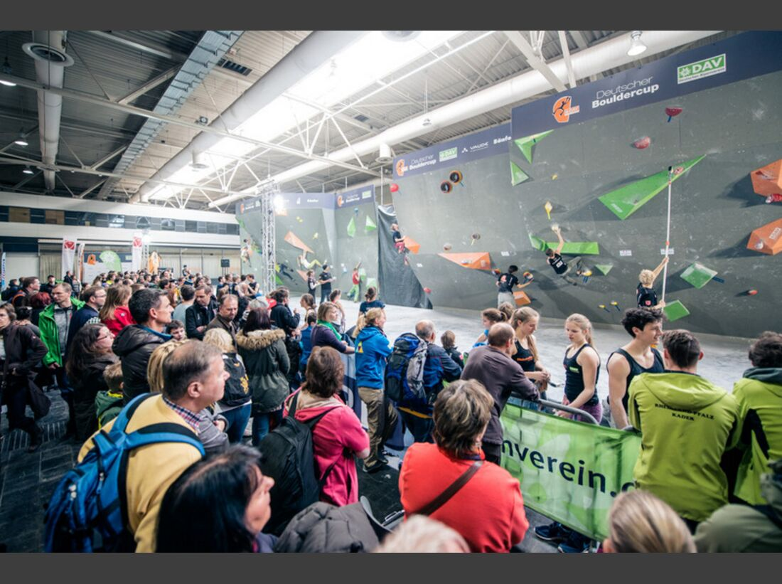 KL-deutscher-jugend-bouldercup-hannover-2015-c-Thomas-Schermer-1 (jpg)