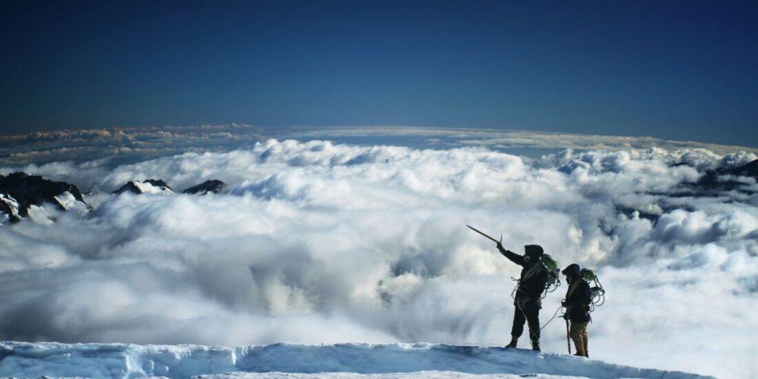 OD-Beyond-The-Edge-Sir-Edmund-Hillarys-Aufstieg-Zum-Gipfel-des-Everest-DVD-Start-2015-01 (jpg)