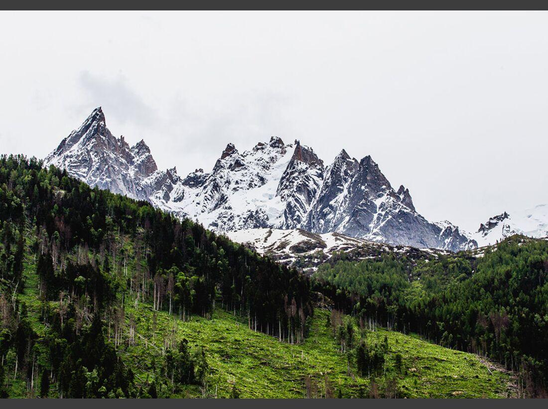 kl-arcteryx-alpine-academy-chamonix-2016-27121191413_72de22b6b1_k (jpg)
