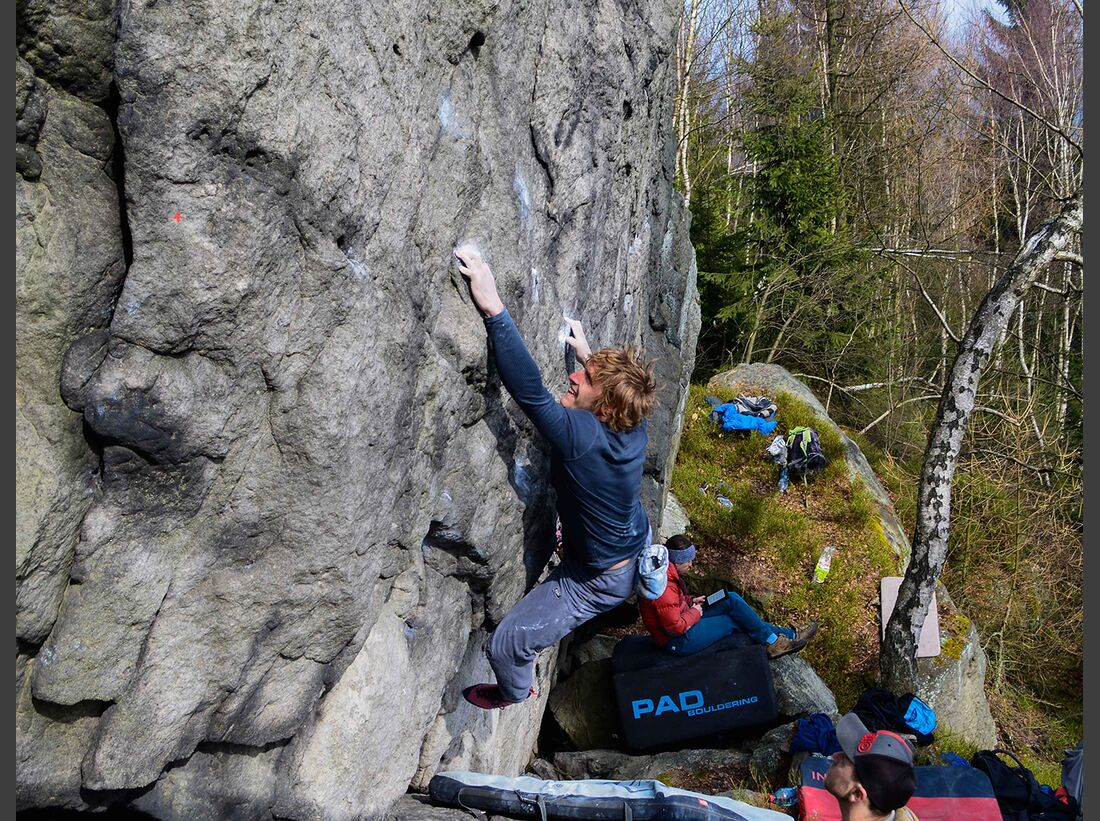 kl-bouldern-schneeberg-sneznik-filip-martinek-strycek-skrblik-7a-foto-zdenek-suchy (jpg)