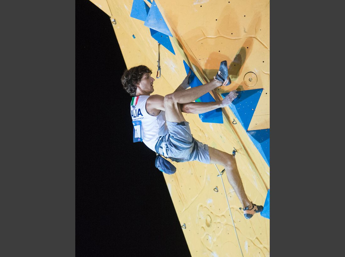 kl-lead-weltcup-ifsc-world-cup-arco-2016_28690304453_o (jpg)